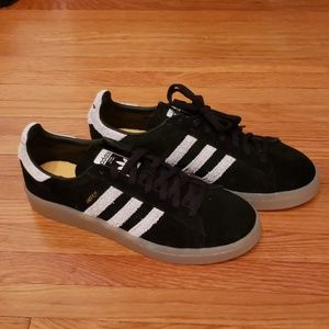 NWOT adidas campus shoes